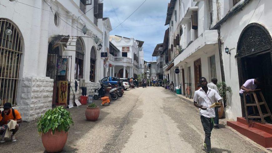 Calles de Stone Town, última parada en nuestra ruta por Kenia, Tanzania y Zanzíbar
