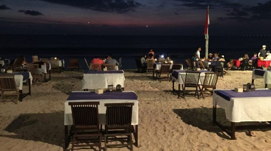JImbaran Beach, uno de los mejores momentos de un viaje a Indonesia