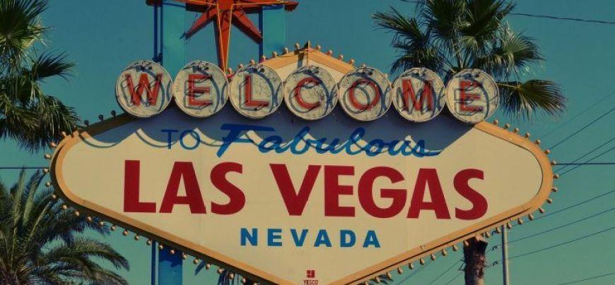 Hacerse una foto con el cartel de bienvenida, una de las mejores cosas que ver y hacer en Las Vegas