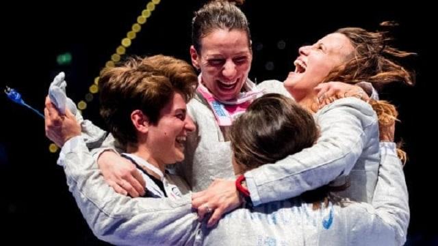 Il quartetto azzurro femminile di sciabola regala un altro oro all'Italscherma