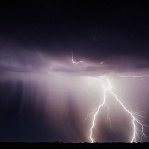Italia divisa in due, temporali e bruschi cali di temperatura al nord, caldo torrido al centro sud