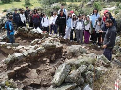 Visita del grupo del I.E.S. Alto Jarama (Torrelaguna) (10 junio 2010)