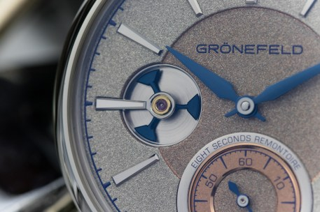 3 Only_Watch_Gronefeld_Remontoire