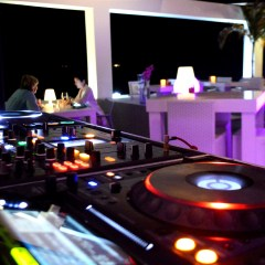 Curaçao's Party Seven Days a Week
