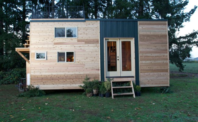 Tiny House Tour Mountaineer Dream House Fyi