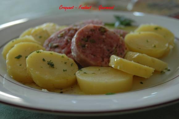 Saucisson de Lyon pistaché en salade tiède - DSC_3239_747