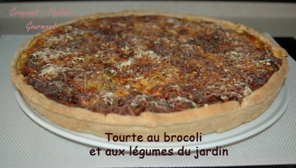 Tourte au brocolis et aux légumes du jardin -DSC_6909_15334