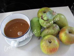 Crumble poire-pomme-caramel IMG_4206_19218