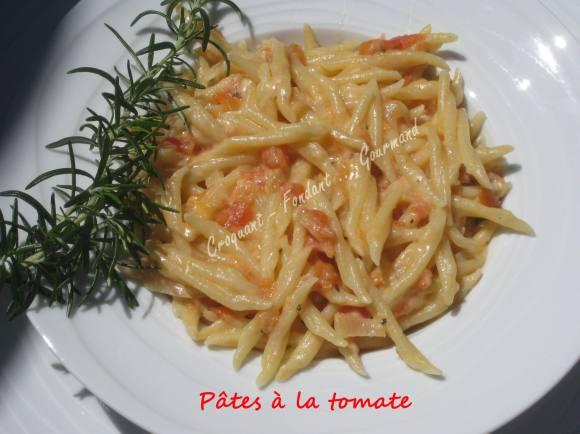 Pâtes à la tomate IMG_5466_33413