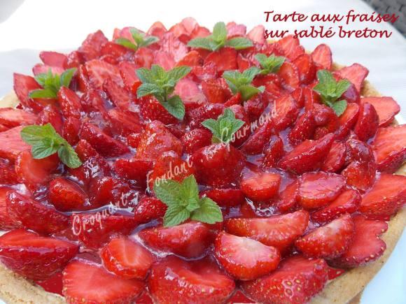 Tarte aux fraises sur sablé breton DSCN8151