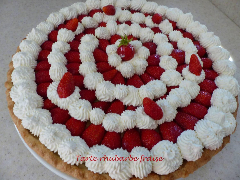 Tarte rhubarbe fraise P1170700 R