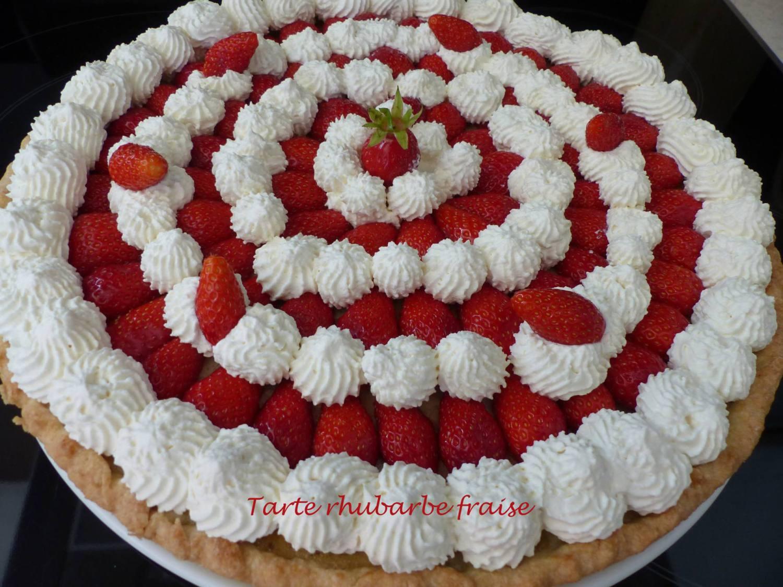 Tarte rhubarbe fraise P1170703 R
