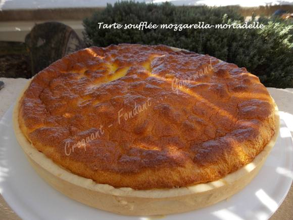 Tarte soufflée mozzarella-mortadelle DSCN5843