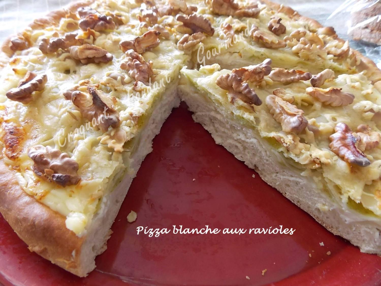 Pizza blanche aux ravioles DSCN3060