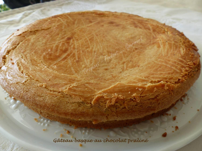 Gâteau basque au chocolat praliné P1020121