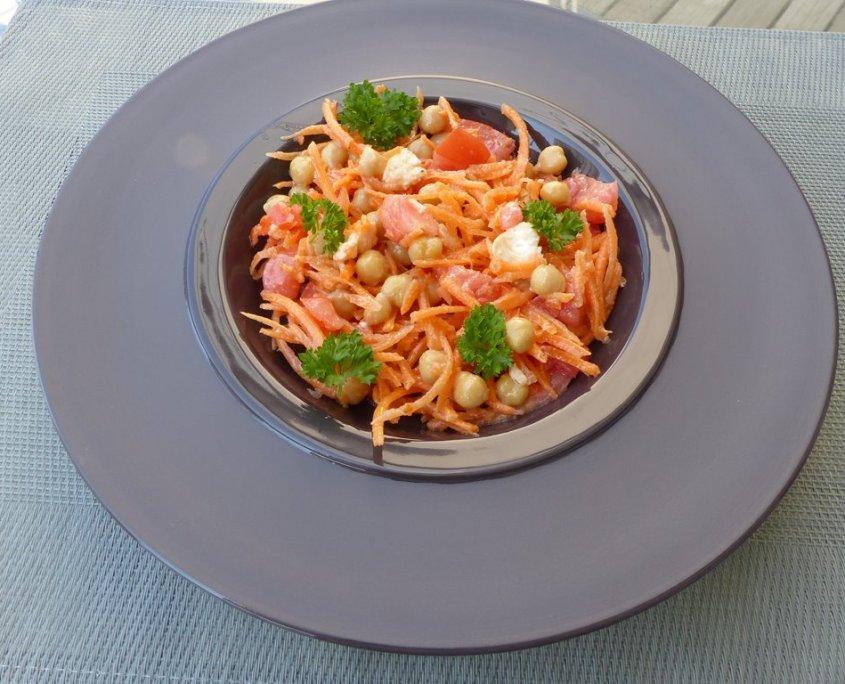 Salade composée aux pois chichesP1030671 (Copy)