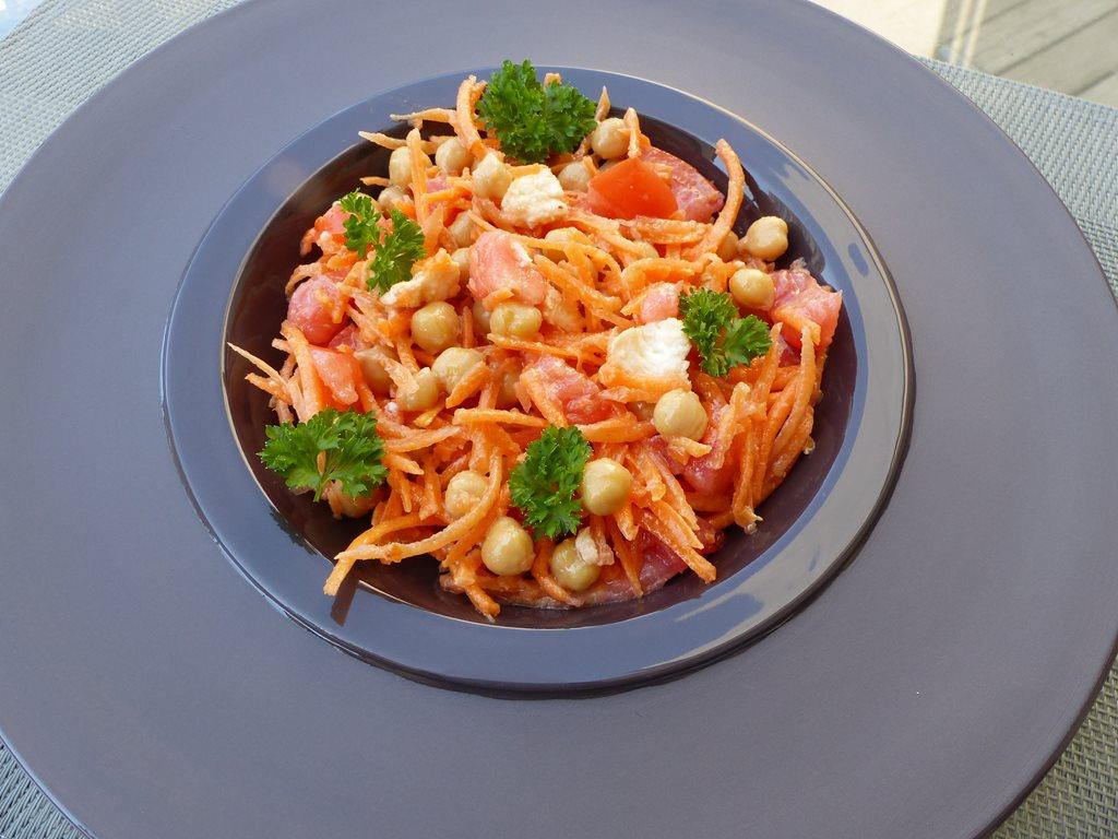 Salade composée aux pois chichesP1030672 (Copy)