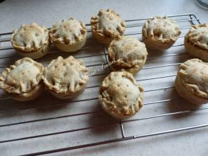 mini-apple-pies-p1000045