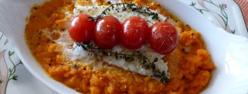 Filets de loup sur purée de carotte P1020663