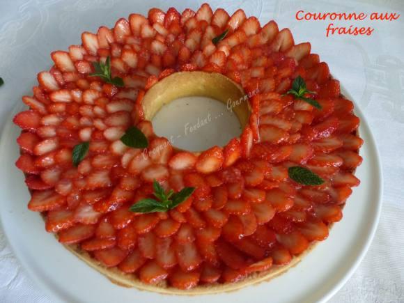 Couronne aux fraises P1030768