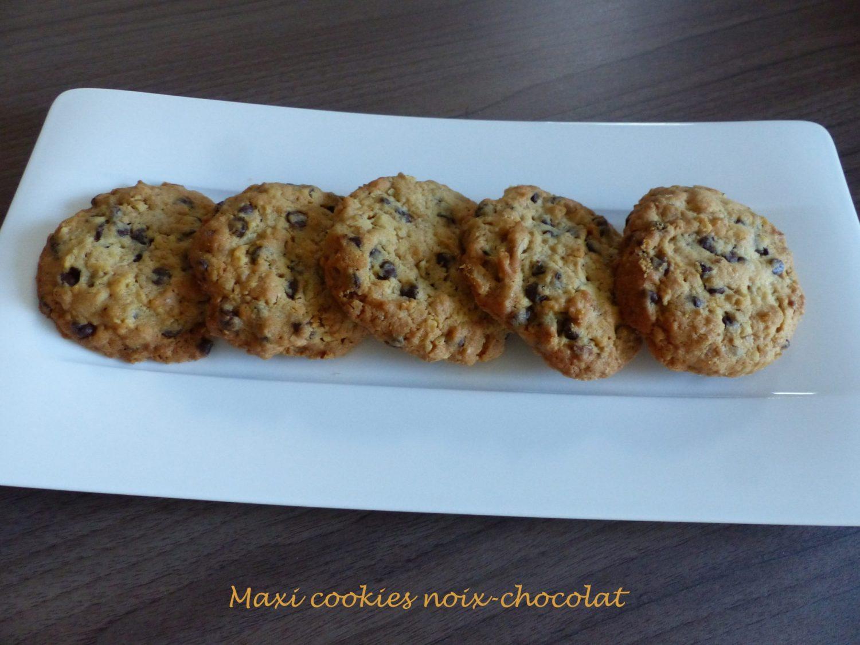 Maxi cookies noix-chocolat P1060275 R