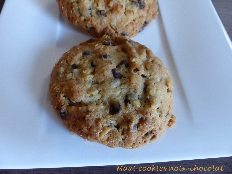 Maxi cookies noix-chocolat P1060277 R