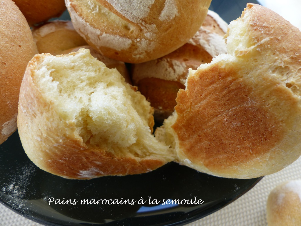 Pains marocains à la semoule P1120988 R (Copy)