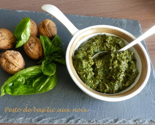 Pesto de basilic aux noix P1130740 R (Copy)