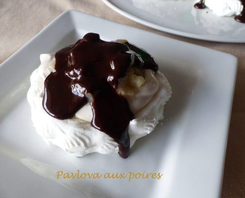 Pavlova aux poires P1080029 R