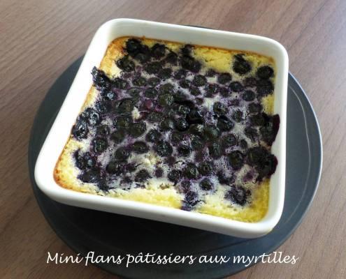 Mini flans pâtissiers aux myrtilles P1160234 R