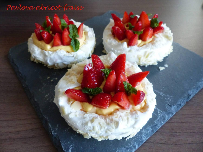 Pavlova abricot-fraise P1170043 R