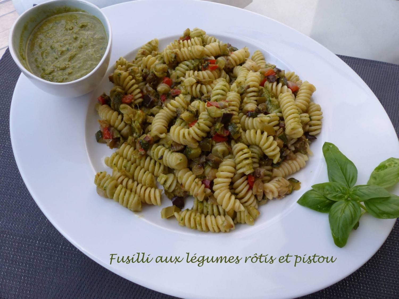 Fusilli aux légumes rôtis et pistou P1190272 R