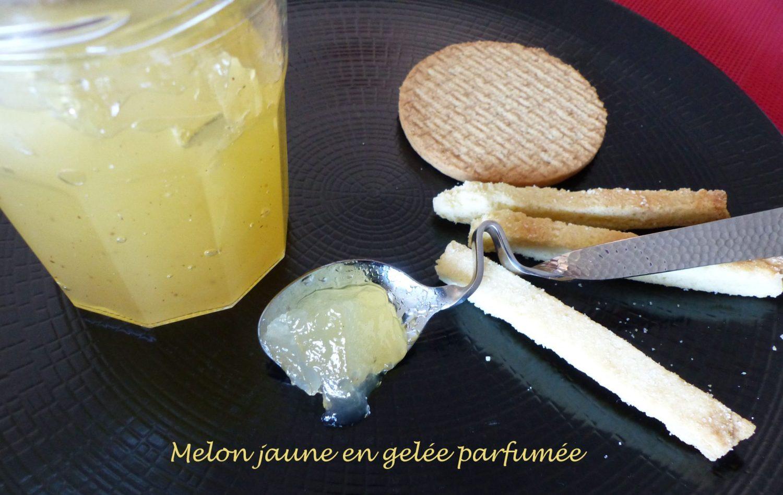 Melon jaune en gelée parfumée P1120776 R