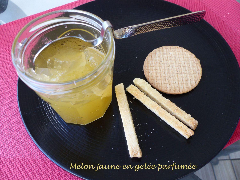 Melon jaune en gelée parfumée P1120780 R