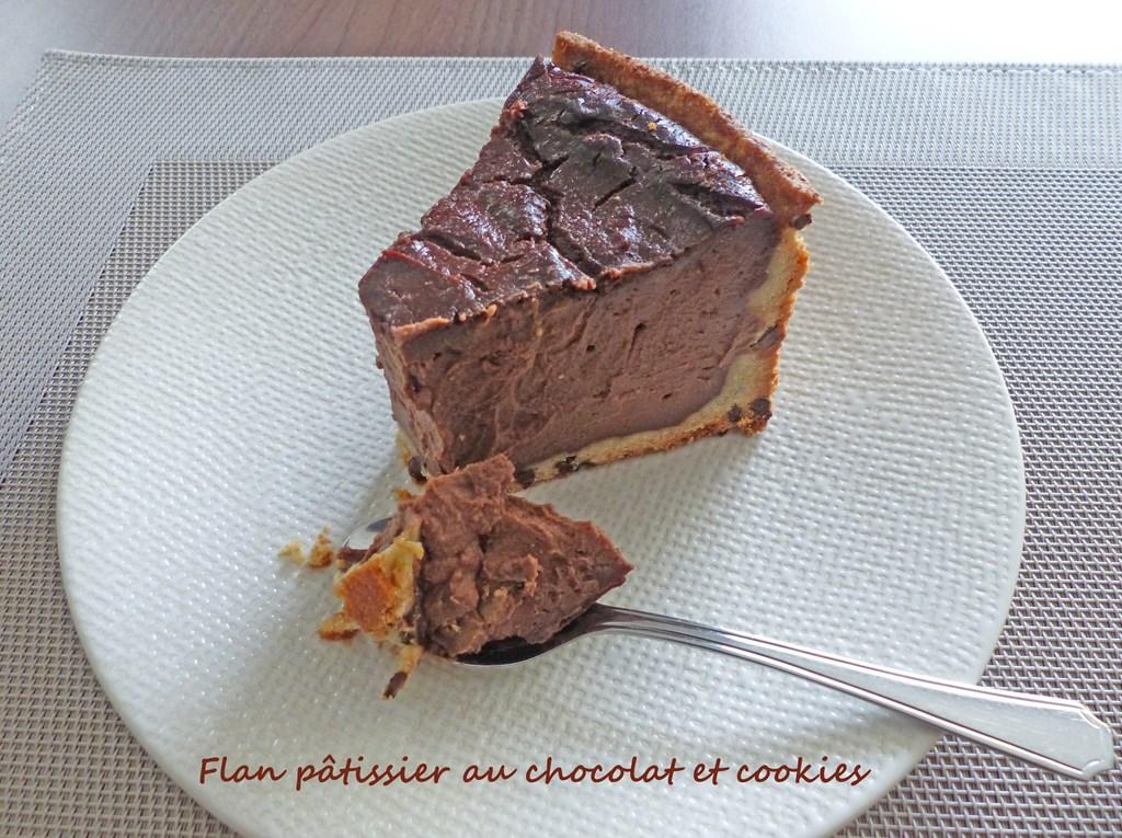 Flan pâtissier au chocolat et cookies P1270568 R (Copy)