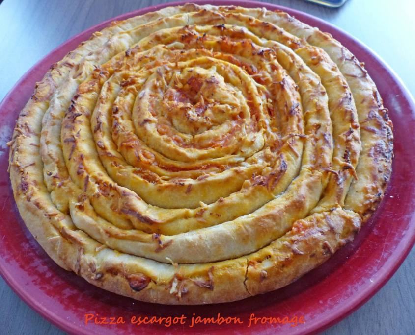 Pizza escargot jambon fromage P1220798 R