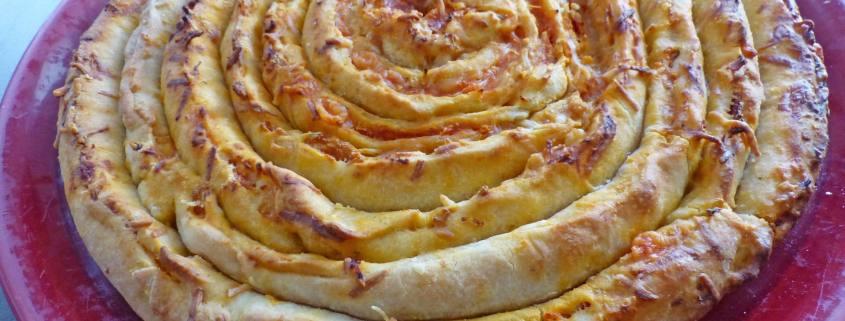 Pizza escargot jambon fromage P1220799 R