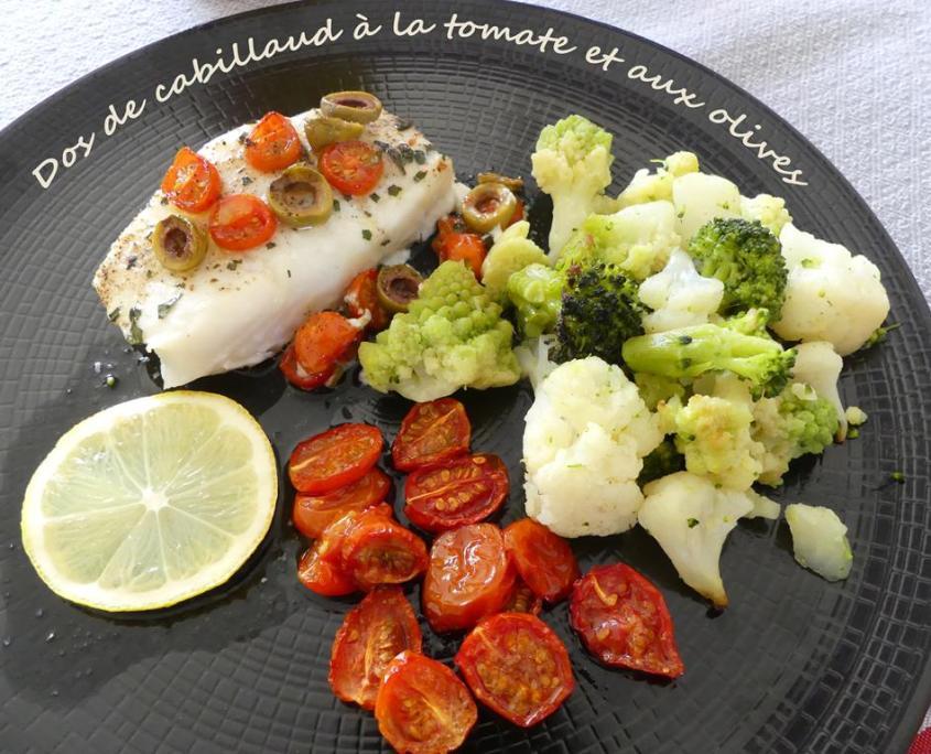 Dos de cabillaud à la tomate et aux olives P1000446 R (Copy)
