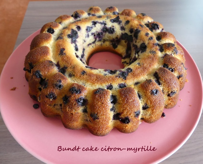 Bundt cake citron-myrtille P1020731 R (Copy)