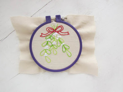 Easy Embroidered Mistletoe for all Your Holiday Projects