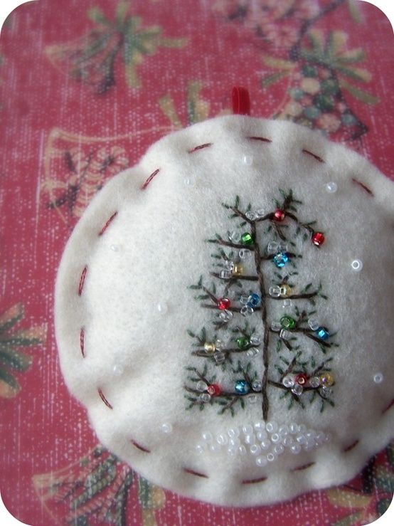 embroidered christmas tree with seed beads