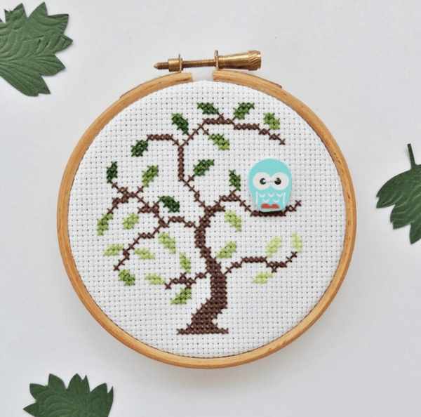 Stitch a Tree Perfect for an Owl Button to Live in