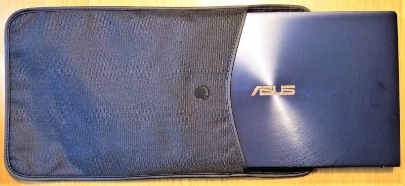 ASUS ZENBOOK14 UX433FN ケースにPCを収納