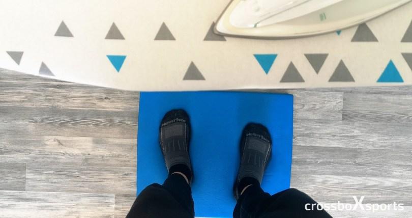 balance-pad-Füße-buegelbrett-buegeleisen