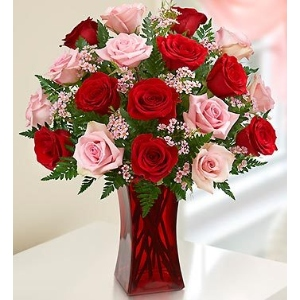red pink roses vase arrangement