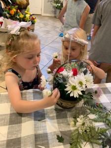 girls designing flowers
