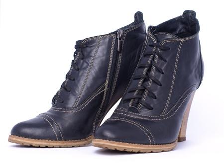 Crossdressing Learning to Walk in High Heels