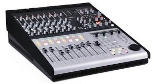 Control2802_3quarter