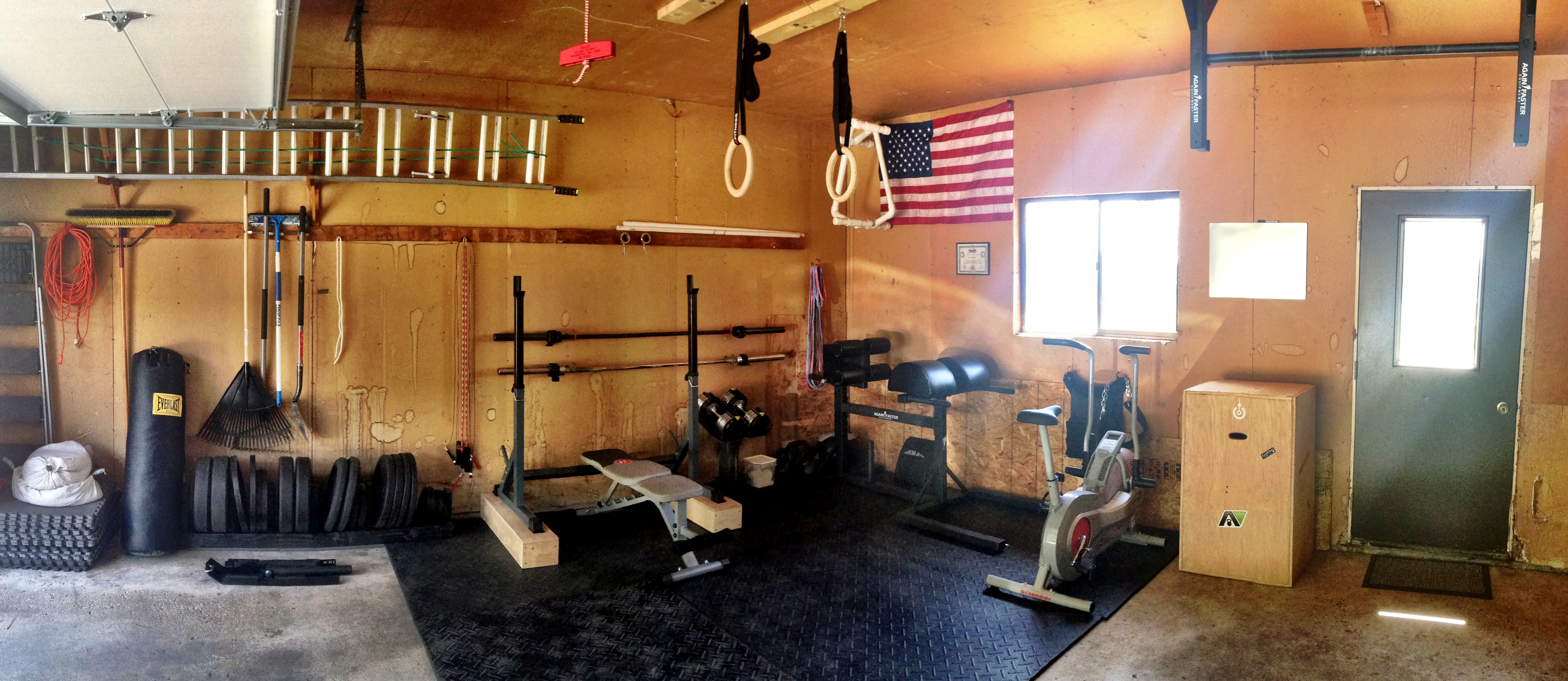 Crossfit home gym garage pictures and ideas on weric