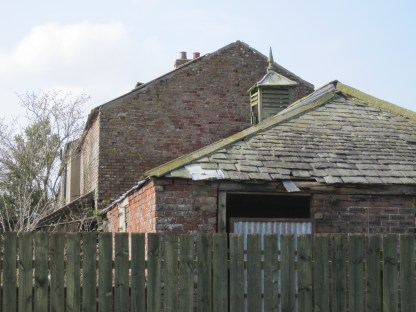 Decaying buildings of Rogersceugh Farm March 2017